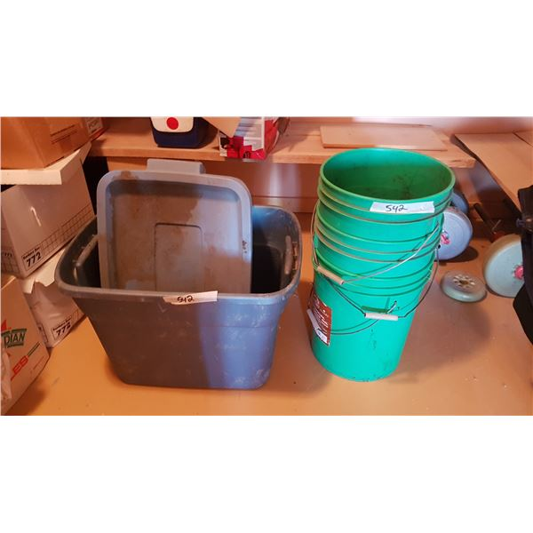 Gardening Tubs & Pails