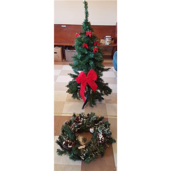 4' Christmas Tree & Wreath