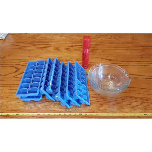 Mixing Bowls & Ice Trays