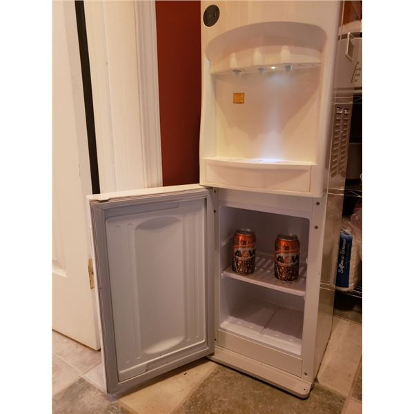 Water Cooler With Fridge Compartment