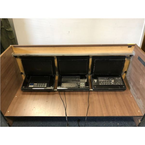 Convert desk to specialized work station w/ 3 monitors from popular sc-fi tv series