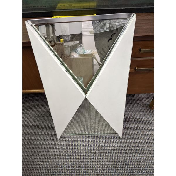 Two tri-fold wall mirror & two medal display trays (white mirror has small crack) from the popular s