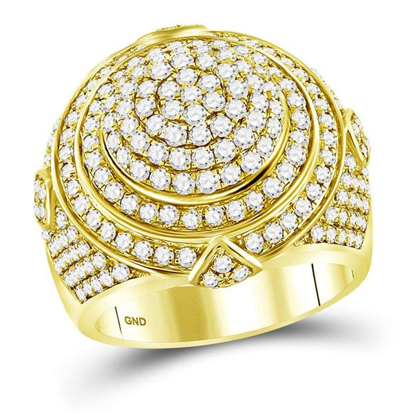 Round Diamond Concentric Circle Cluster Ring 3-1/3 Cttw 14KT Yellow Gold