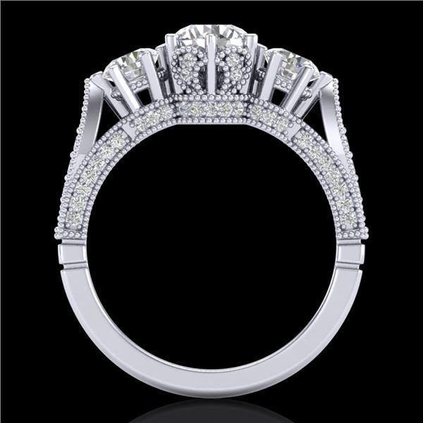 2.18 ctw VS/SI Diamond Art Deco 3 Stone Ring 18k White Gold - REF-244A5N