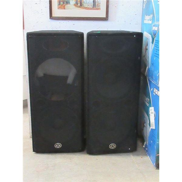 Pair of Warfedale Pro Speakers, 1 speaker missing