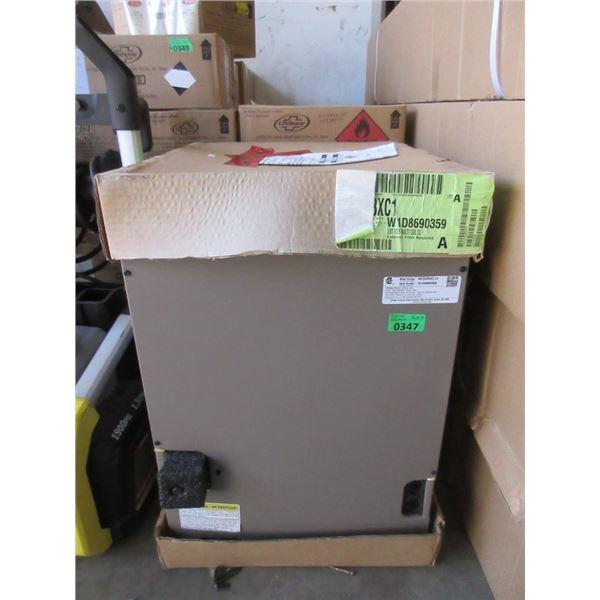 Full Cased Cooling Heat Pump