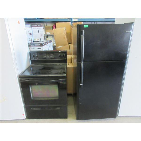 Black Frigidaire Stove & Refrigerator