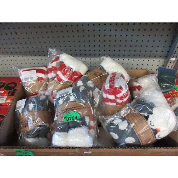 10 New Pairs of Christmas Slipper Socks