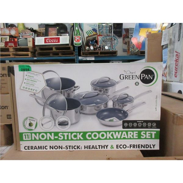 New 11 Piece Non-Stick Cookware Set - Glass Lids