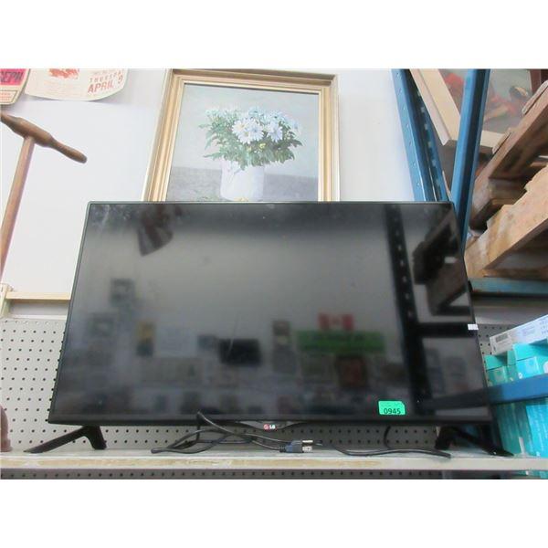 "LG 36"" Flat Screen TV"