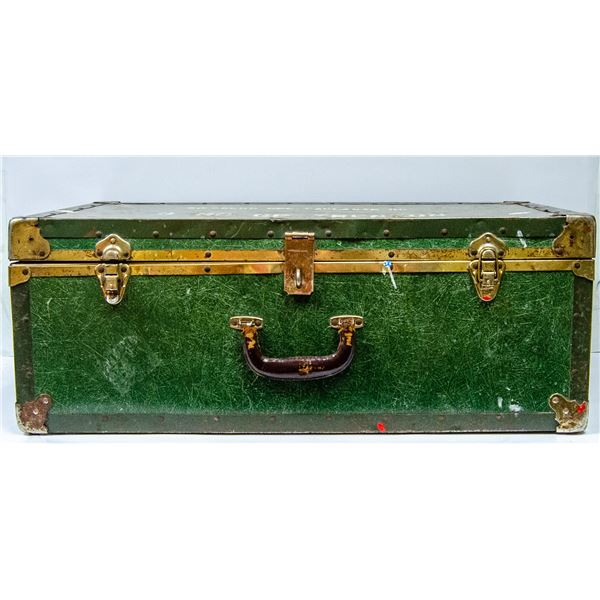 ANTIQUE MILITARY STEAMER TRUNK