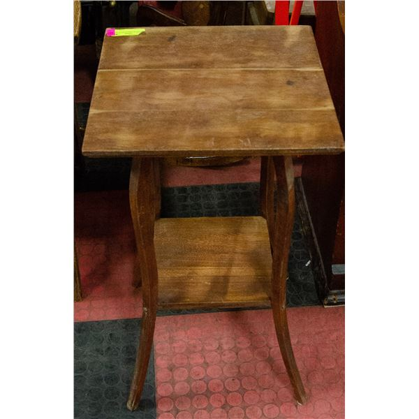 ANTIQUE WOODEN PLANT STAND, 16 X 16 X 27