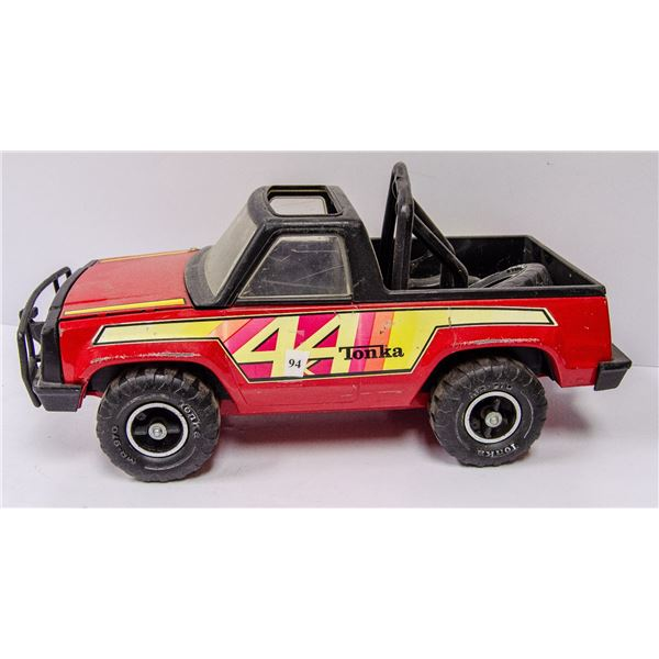 1980S TONKA 4X4 LARGE TRUCK WITH REMOVABLE WHEELS