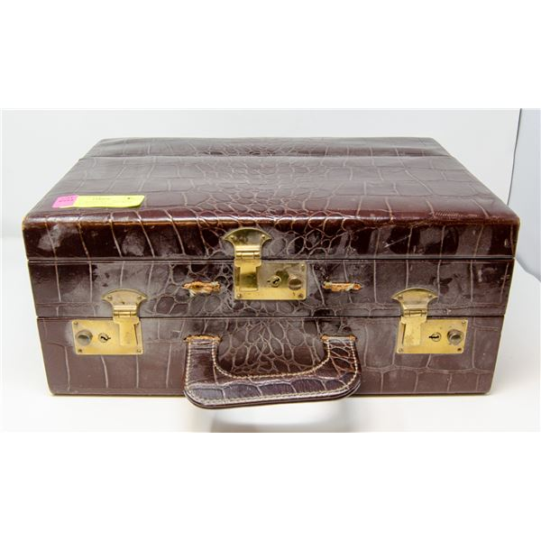 CHARLES OF THE RITZ SALESMAN SAMPLE SUITCASE FULL