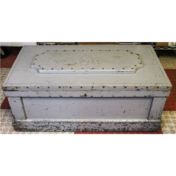 ANTIQUE WOODEN TOOL CHEST LARGE GREY