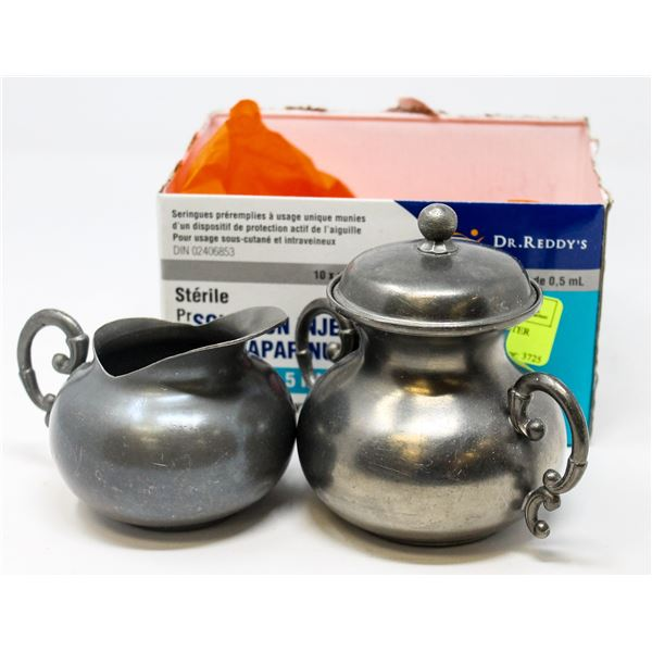 SMALL SET OF ANTIQUE PEWTER WARE