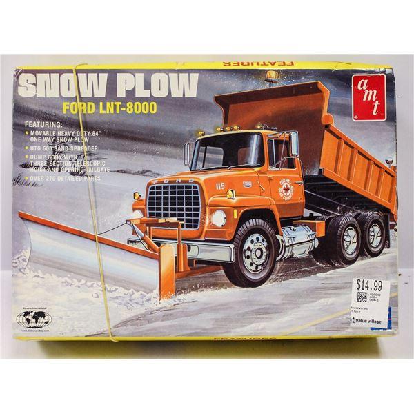AMT SNOW PLOW MODEL KIT IN BOX