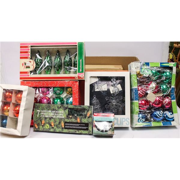 BOX OF ASSORTED VINTAGE CHRISTMAS ORNAMENTS