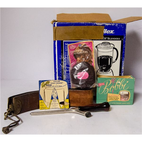 BOX OF ASSORTED ANTIQUES AND COLLECTIBLES