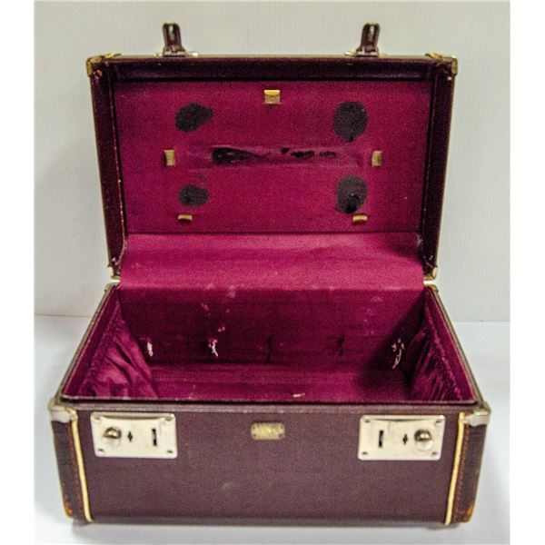 ANTIQUE HARDSHELL RED LEATHER CARRY CASE