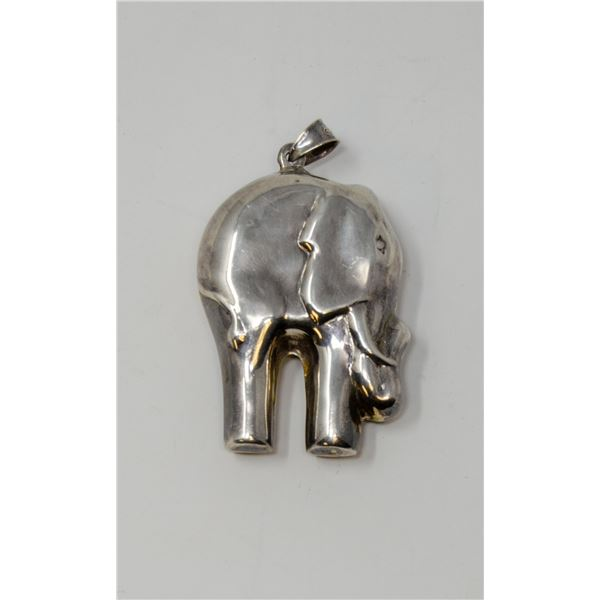 .925 SILVER STAMPED ELEPHANT PENDANT, 16.98g