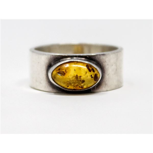 VINTAGE .925 SILVER MARKED AMBER RING, 5.1g SIZE 5.5