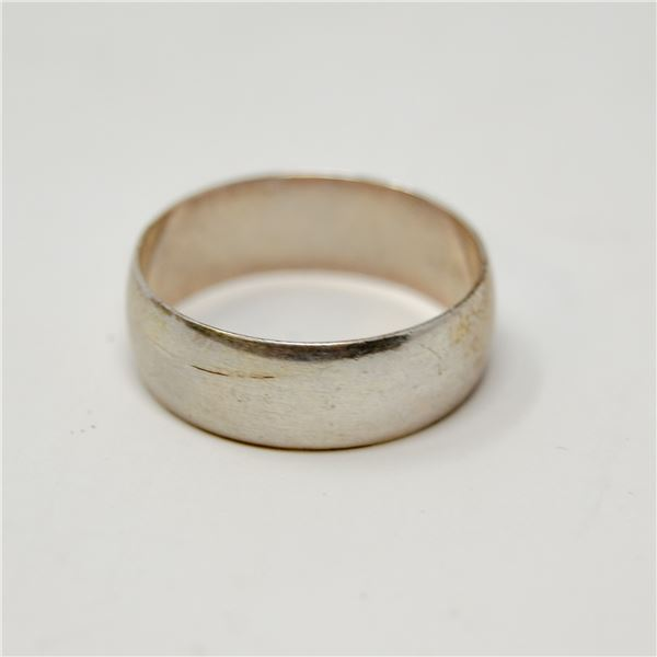 VINTAGE .925 SILVER MARKED RING, 2.5g, SIZE 9