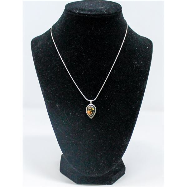 .925 SILVER MARKED AMBER PENDANT AND CHAIN,