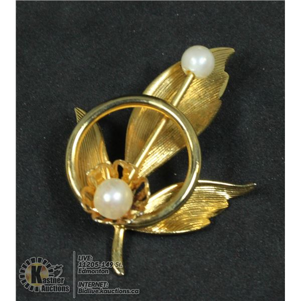 ANTIQUE 1950S GOLD LEAF BROOCH WITH 2 FOX PEARLS