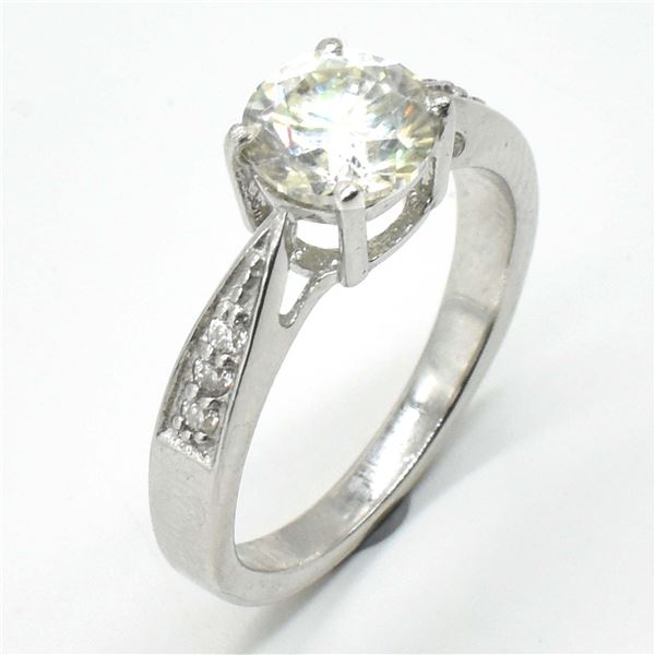 69TJ SILVER CIRTIFIED MOISSANITE (ROUND 7.5 & 1.5