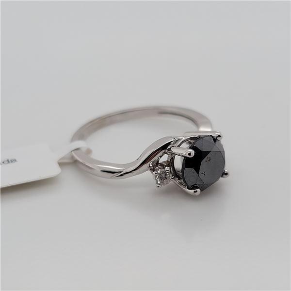 BZ337-18 10K  BLACK DIAMOND WHITE DIAMOND RING