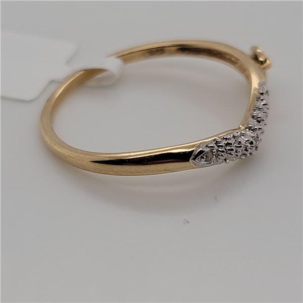 BZ337-47 10K  DIAMOND  RING