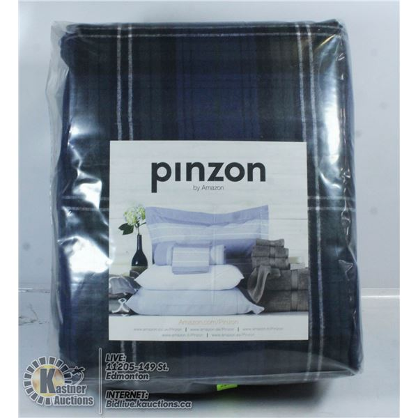 NEW PINZON FLANNEL SHEET SET SIZE UNKNOWN.