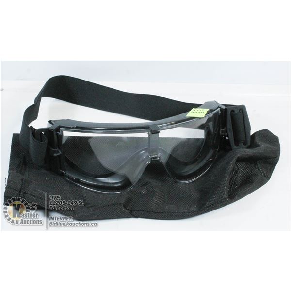 CLEAR GLASS GOGGLES.