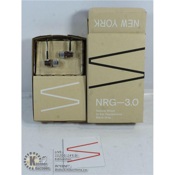 NRG 3.0 NATURAL WOOD IN HEAR HEAD PHONES.