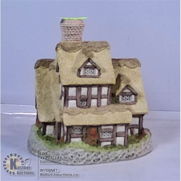 MINIATURE COLLECTABLE HOUSES BY DAVID WINTERS
