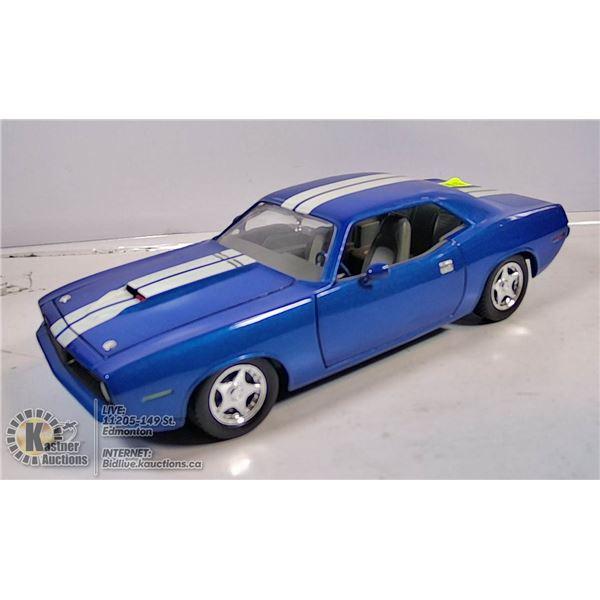 DIE CAST VEHICLE - 1970 CUDA (BLUE)