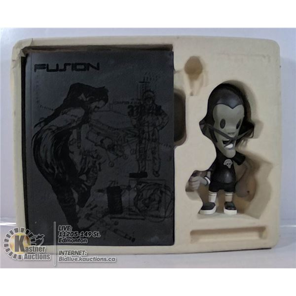 FUSION PICTURE BOOK AND FIGURE.