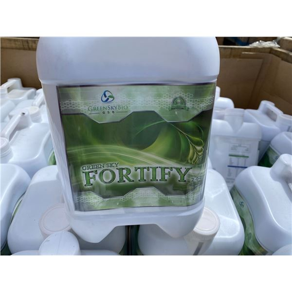 CRATE OF GREEN SKY BIO 'FORTIFY' FERTILIZER, 108 X 4 LITRE JUGS, TOTAL OF 432 LITRES