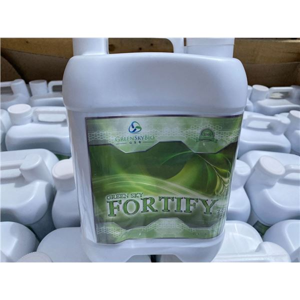 CRATE OF GREEN SKY BIO 'FORTIFY' FERTILIZER, 72 X 4 LITRE JUGS, TOTAL OF 288 LITRES