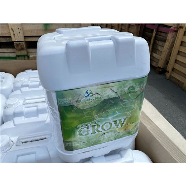 CRATE OF GREEN SKY BIO 'GROW' FERTILIZER, CRATE CONTAINS 24 X 24 LITRE JUGS, TOTAL OF 576 LITRES