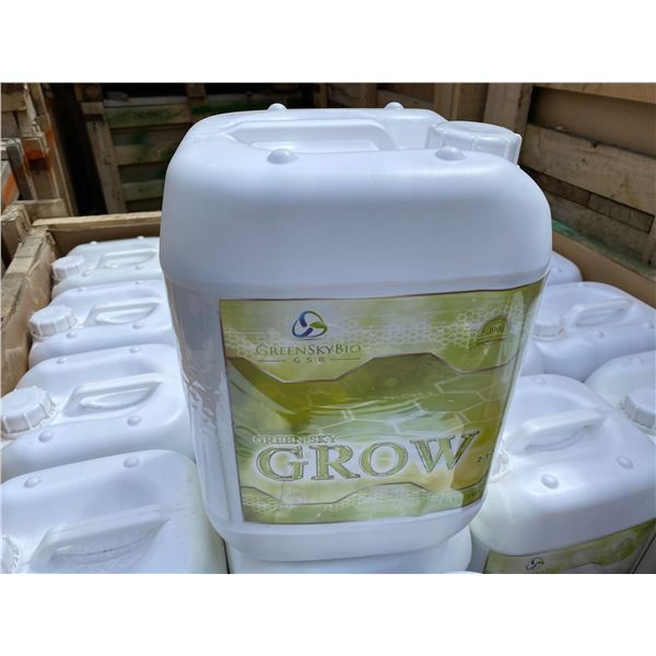 CRATE OF GREEN SKY BIO 'GROW' FERTILIZER, CRATE CONTAINS 60 X 10 LITRE JUGS, TOTAL OF 600 LITRES