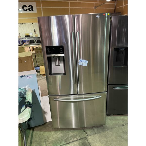 SAMSUNG RF28HFEDBSR/AA STAINLESS STEEL 28 CUBIC FT FRENCH DOOR BOTTOM FREEZER REFRIGERATOR WITH