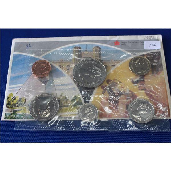 Canada Coin Set (1) - 1982