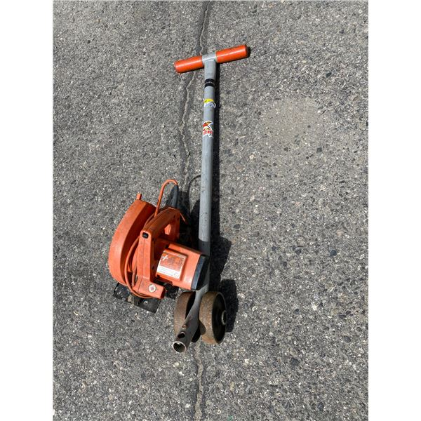 Saw and roller