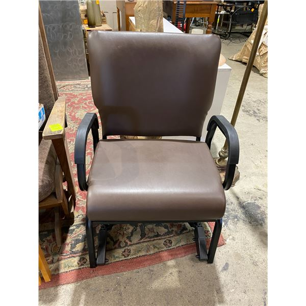 Titan ll it's swivels chair