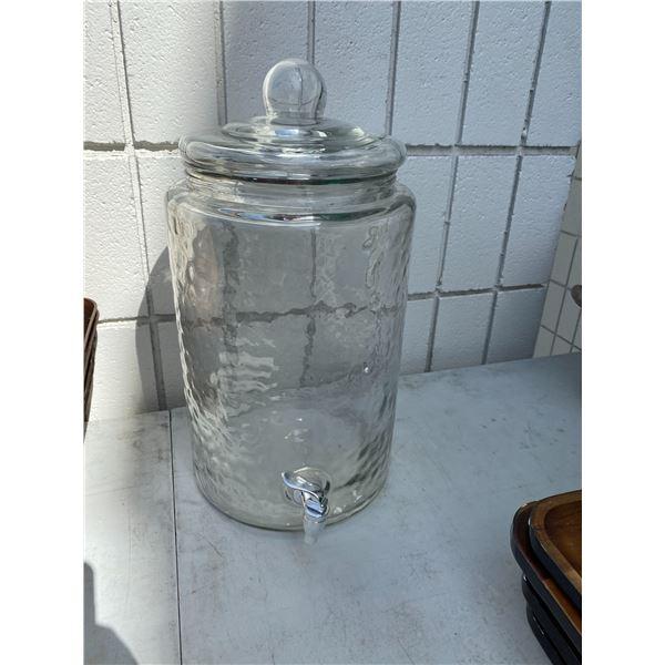 Large glass dispenser