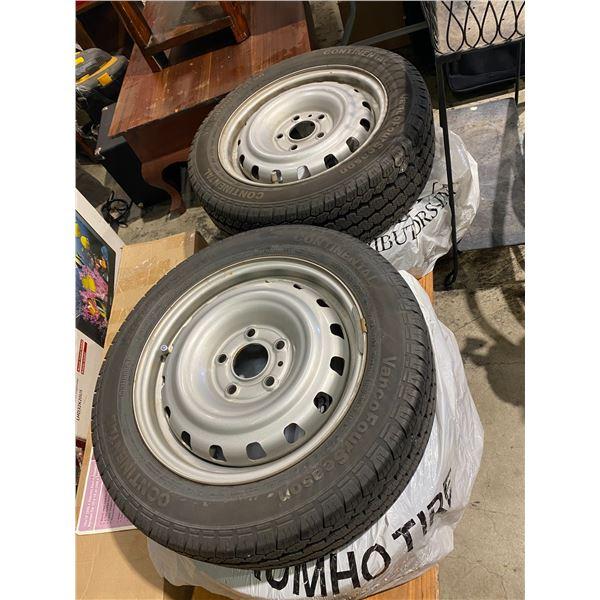 Set of 4 tires in rims 185/60R15