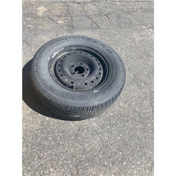 Tire on rim p215/65r15