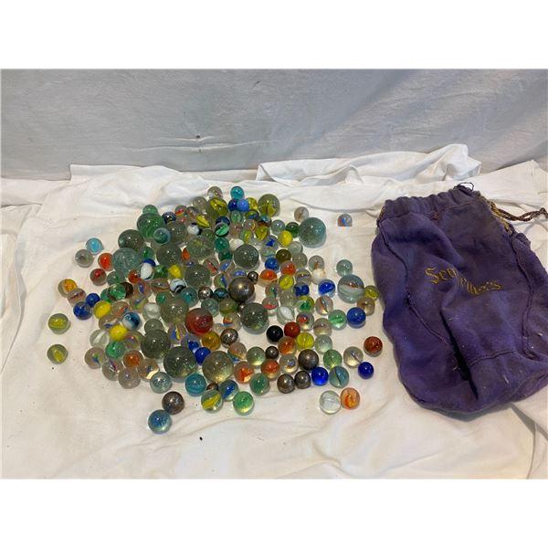 It ov vintage marbles